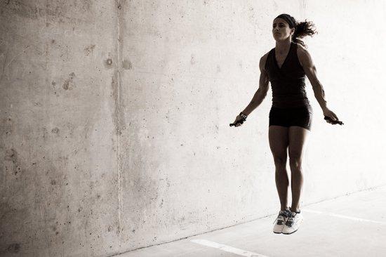 Упражнения ос скакалкой и все что с ней связано